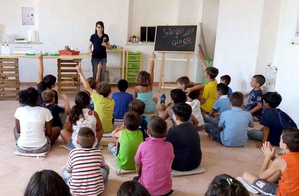Animati da grande curiosità, le domande dei bambini non si fanno attendere…
